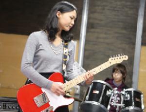 軽音楽部に入ってバンド活動