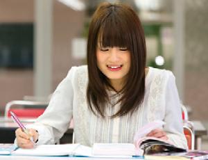 資格取得のために積極的に自習